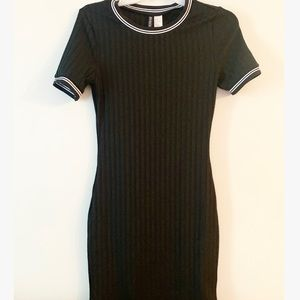 New H&M black crewneck bodycon dress